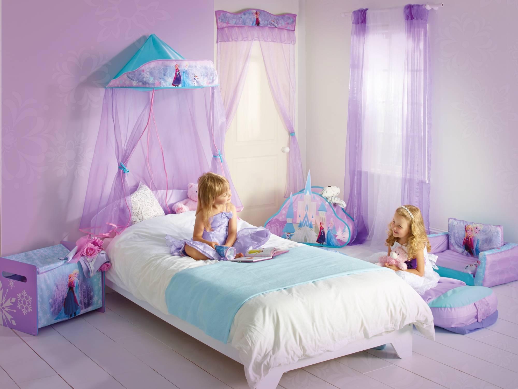 Frozen Princess Bedroom for your kid
