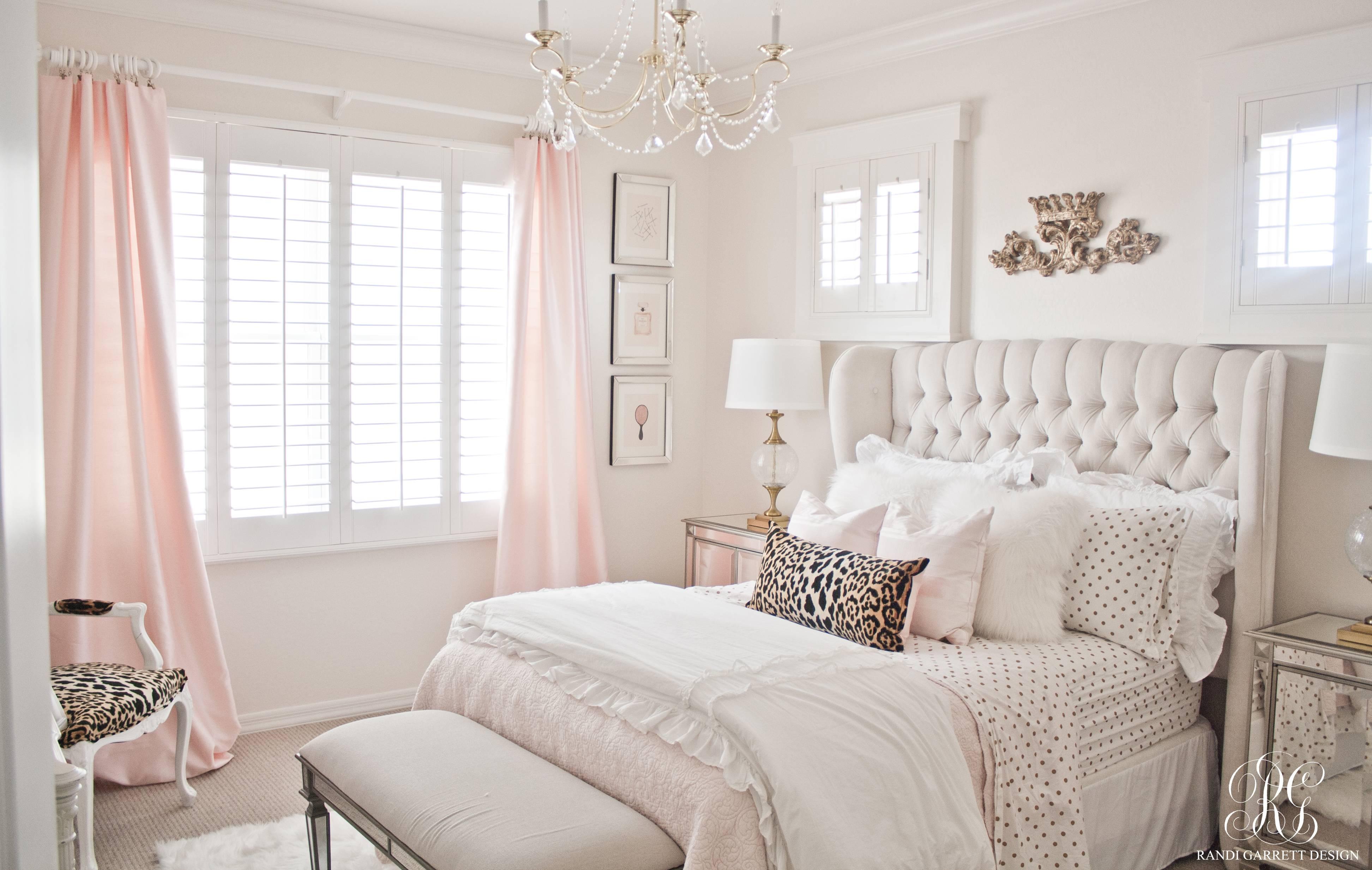 Pink and gold tween bedroom