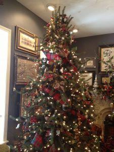 Christmas Decorating Ideas Fresh Christmas Tree Idea Tartan Plaid Ribbon is My Absolute