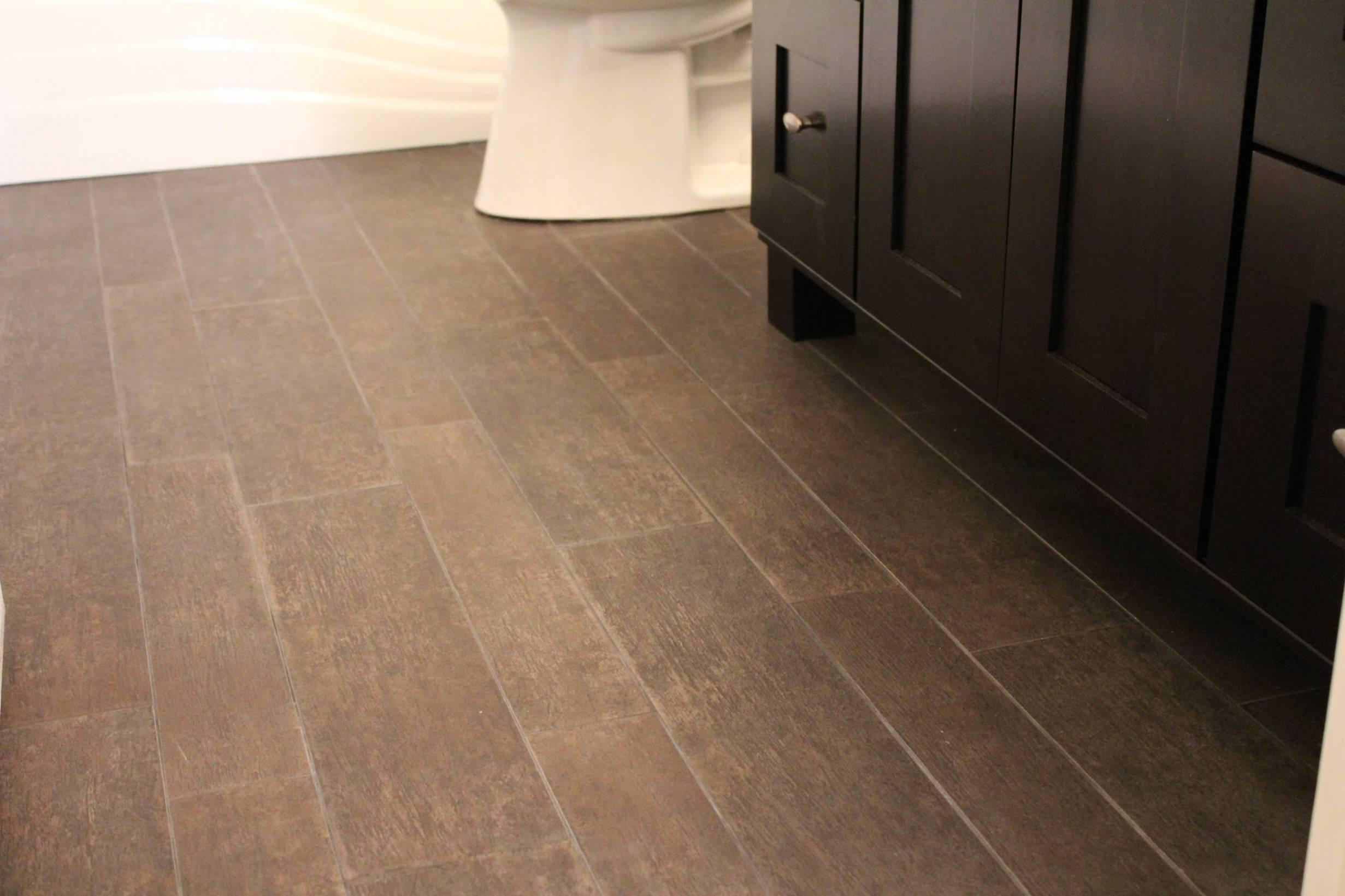 hardwood floor tile in bathroom of tile that looks like hardwood laminate floor tiles for bathroom inside tile that looks like hardwood laminate floor tiles for bathroom elegant od floor til