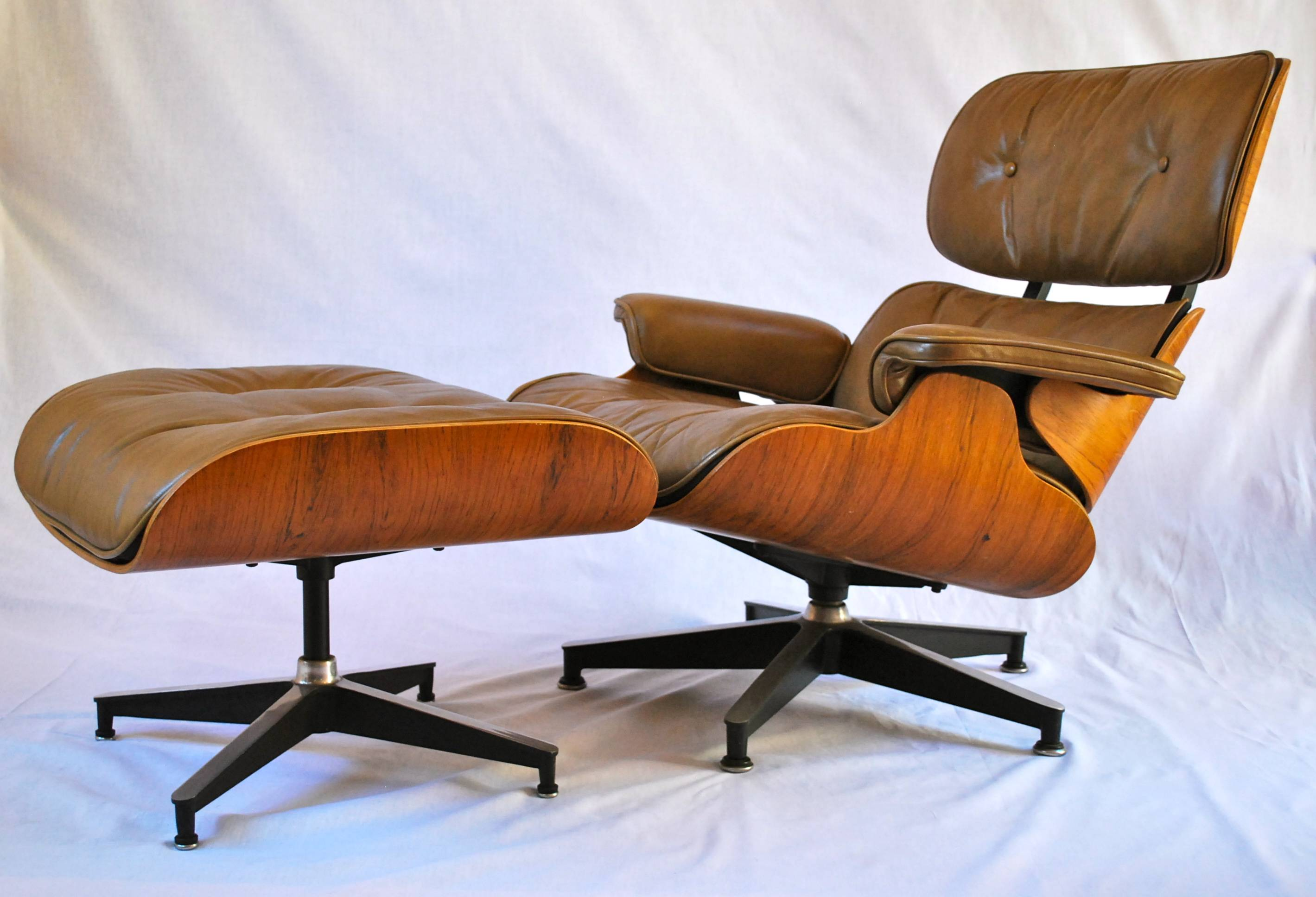luxury beige eames chair for excellent lounge chair design ideas eames plastic chairs eames style shell chair eames style molded plastic eames arm shell chair side upholstered eames chair