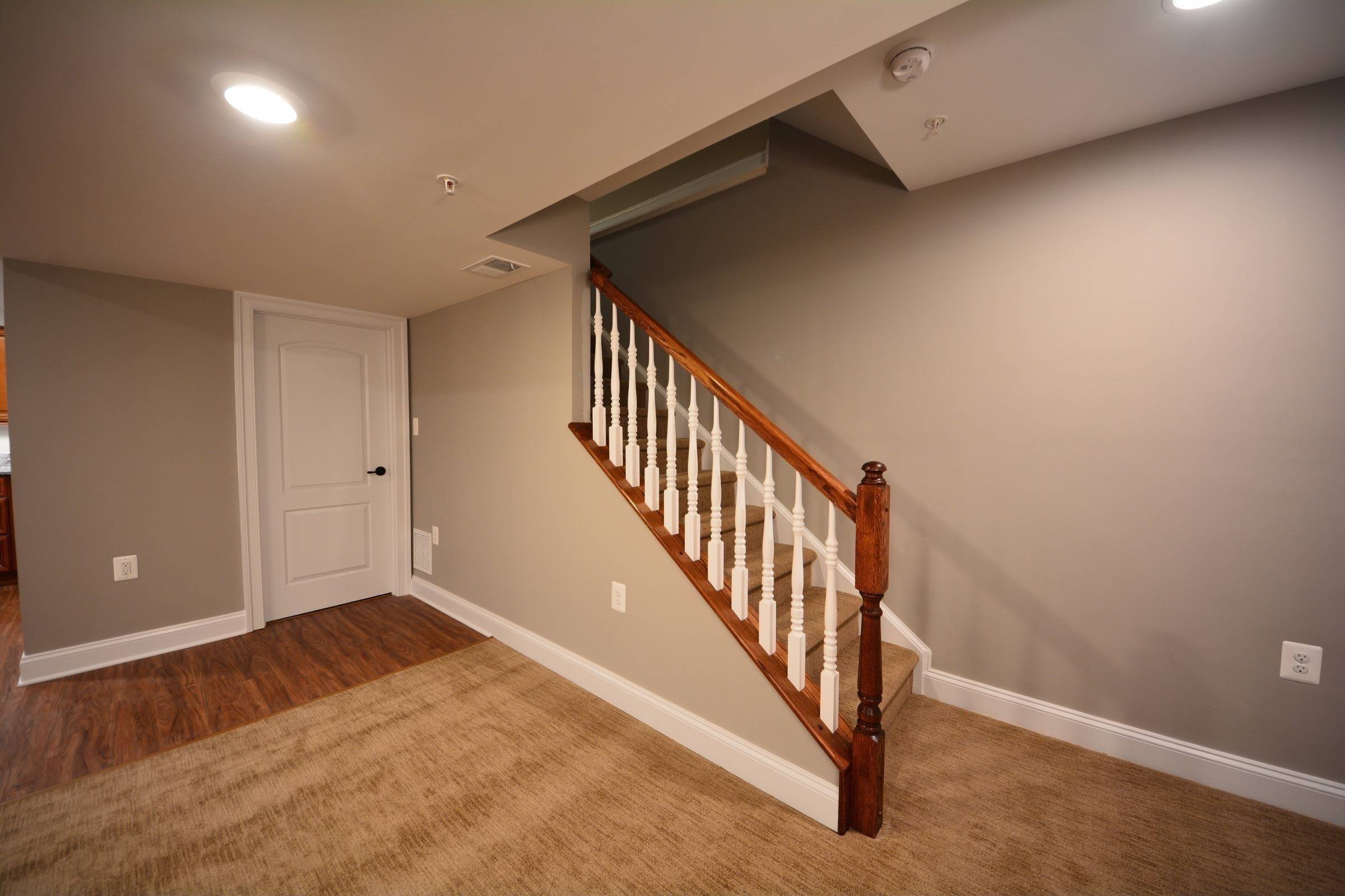 basement stairs railing and half walls ideas 05