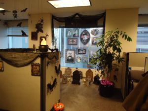 Halloween Yard Decorations Pinterest Inspirational Fice Halloween Cubicle Decorating Contest… Challenge