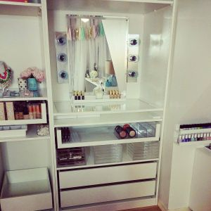 Ikea Makeup organizer New Don T Ile You Know Lisa Pullano S Storage is Genius and