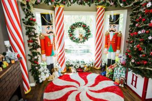 Indoor Outdoor Christmas Decorations Lovely Decorate Your Home with Diy Candy Cane Pillars by Ken