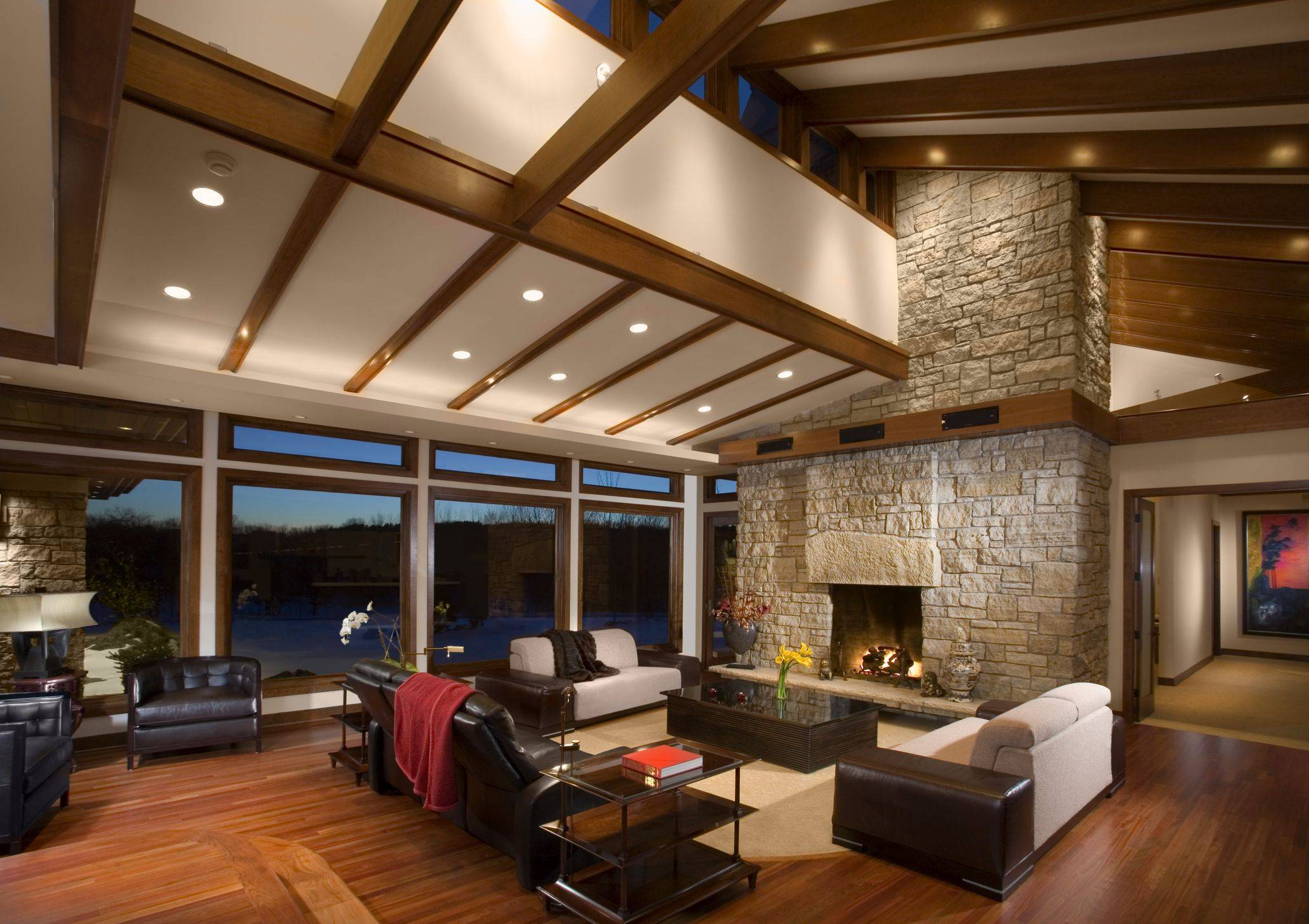 Vaulted ceiling living room Getty 58b3bf153df78cdcd86a2f8a