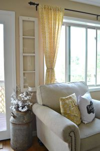 Kitchen to Living Room Window Awesome 4 Ways to Decorate with Old Windows