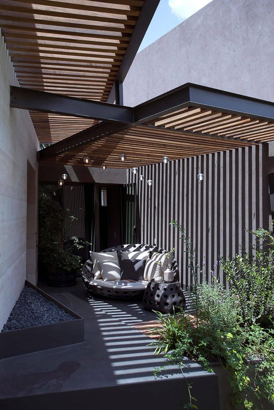 Contemporary Pergola Design Vieyra Arquitectos Design a Contemporary Home