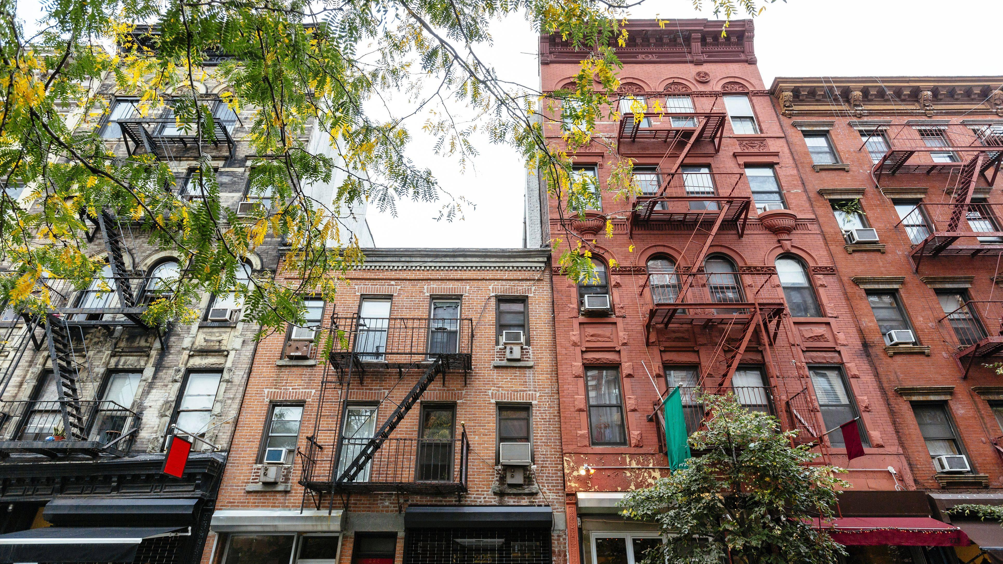 architecture in soho neighborhood new york city usa 5b74c6ecc9e77c0057eec18f