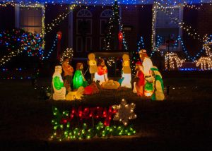 Outdoor Christmas Candle Decorations Awesome the 5 Best Places to Buy Blow Mold Yard Decorations In 2019