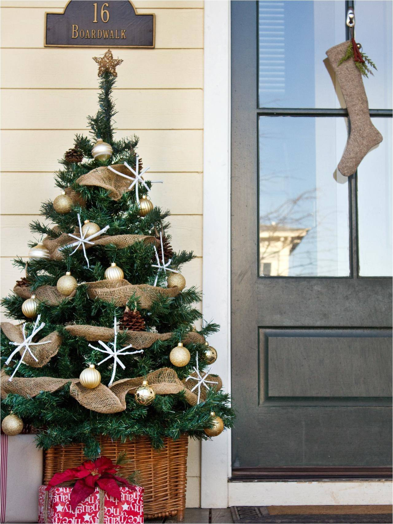 lighted christmas garland clearance garland christmas decoration ideal outdoor christmas garland of lighted christmas garland clearance