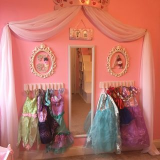 Princess Wall Decorations Bedrooms Elegant Princess Dress Up Storage Diy Cheap and Super Easy Frees