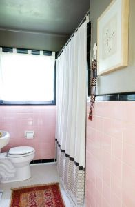 Retro Bathroom Remodel Awesome How to tone Down or Play Up Pink Vintage Bathroom Tile