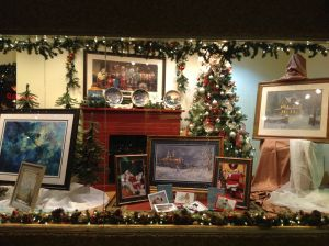 Shop Display Christmas Decorations Inspirational Pin On Store Windows