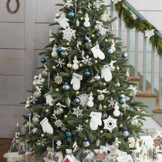 Snoopy Decorating Christmas Tree Unique 50 Decorated Christmas Tree Ideas Of Christmas
