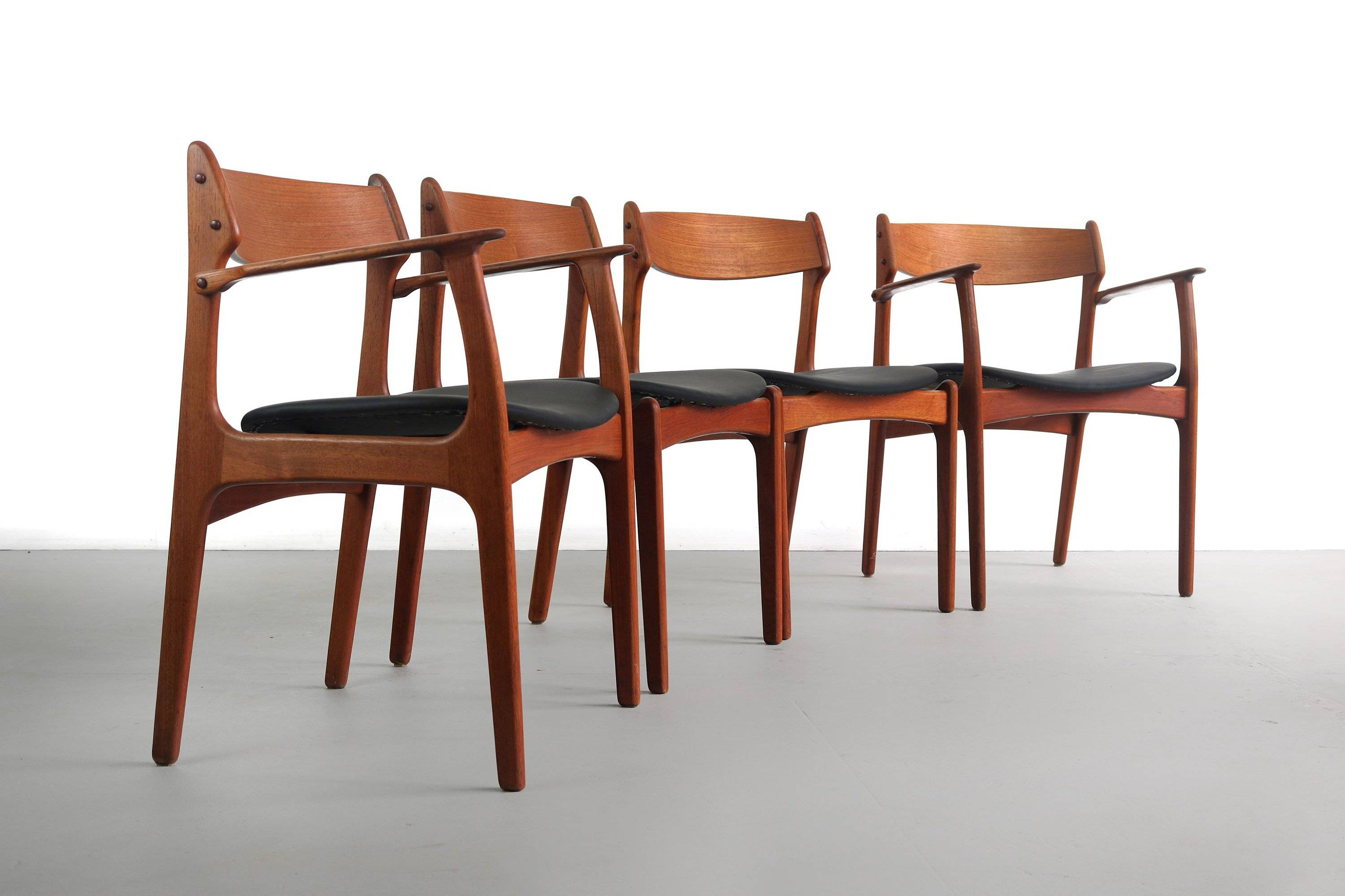 set of 4 teak dining chairs by erik buch for o d mobler denmark 5cdac1901