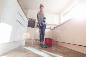Vinegar and Water to Clean Tile Floors Unique Easy Homemade Mopping solutions