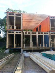 Where are Shipping Containers Made Awesome Container House Tipica Visƒo De Um Canteiro De Obras De