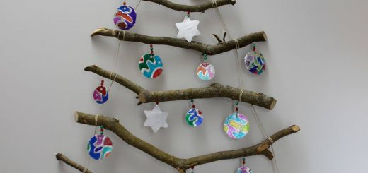 Xmas Tree Wall Decoration Lovely Our Wall Hung Stick Xmas Tree with the Kids Tinfoil Baubles