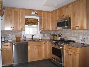 Honey Maple Cabinets Elegant 13 Kitchen Backsplashes with Maple Cabinets S