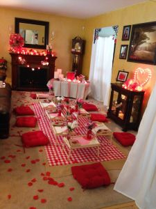 Decoration Dining Room for Romantic Valentine Day Luxury Indoor Picnic Valentines Day