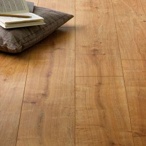 Incredible Herringbone Backsplash Oak Tawny Beautiful Warren Oak Laminate Flooring