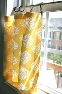 Picturesque Ideas for Window Treatments for Bay Windows Beautiful Pinspiration Monday No Sew Cafe Curtains