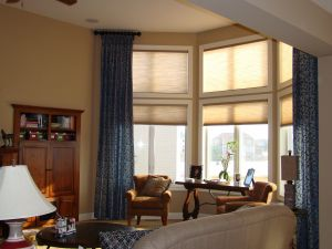 Remarkable Bay Window Ideas Living Room Inspirational Bay Window Coverings Bay Window Curtain Ideas