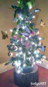 Butterfly Decorations for Outdoors Lovely butterfly Christmas Tree Wood Slice Tree Block Stand