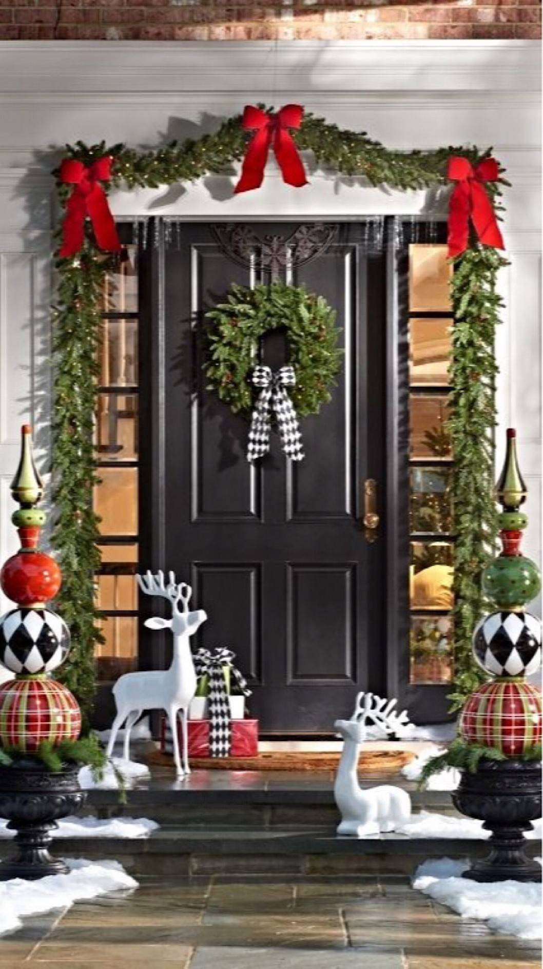 christmas porch and entry inspo 1
