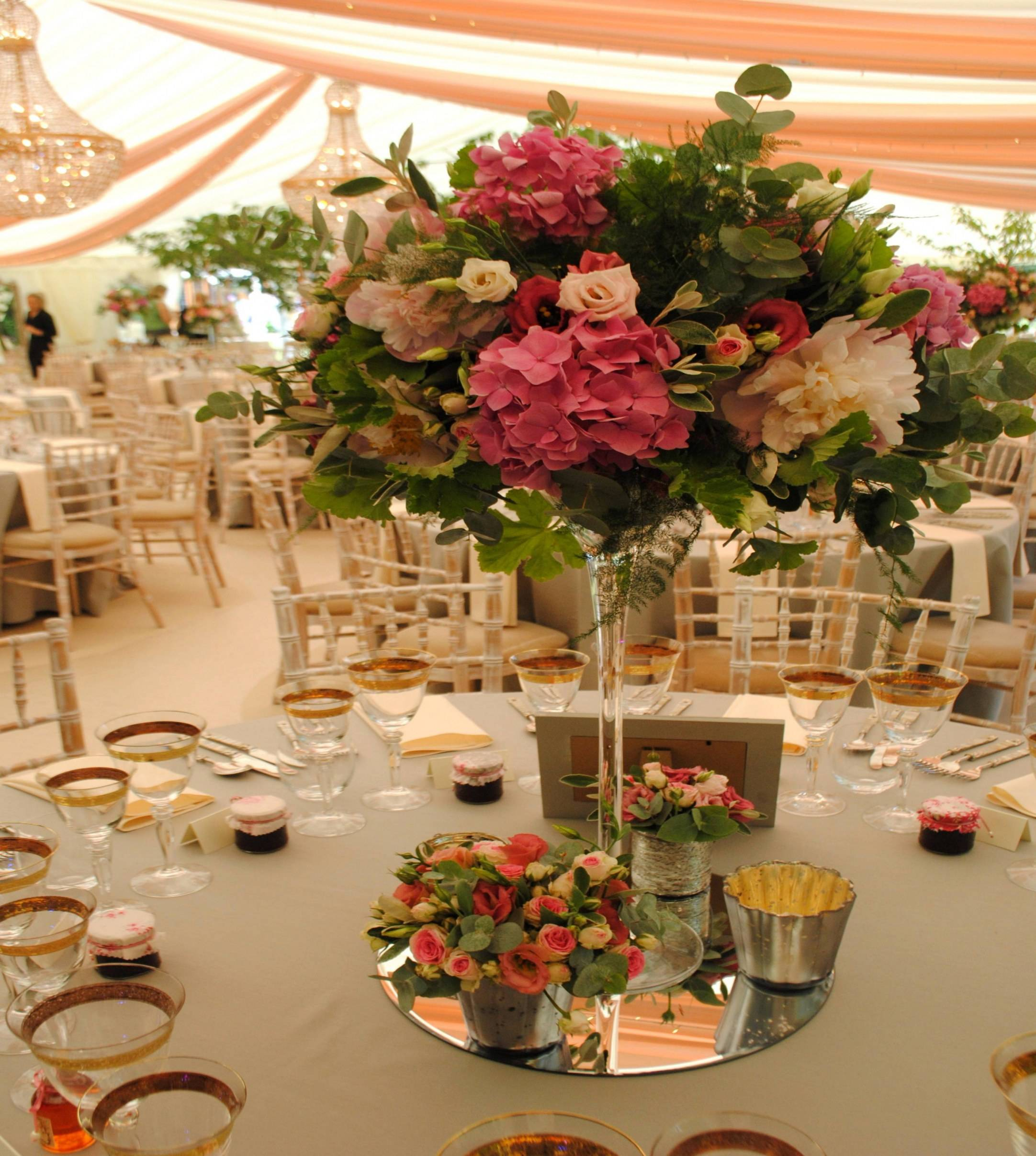 wedding table decorations christmas wedding centerpiece luxe millionnaire of wedding table decorations 1