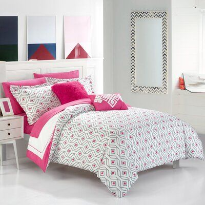 Stripes and shapes topic bedroom romantic